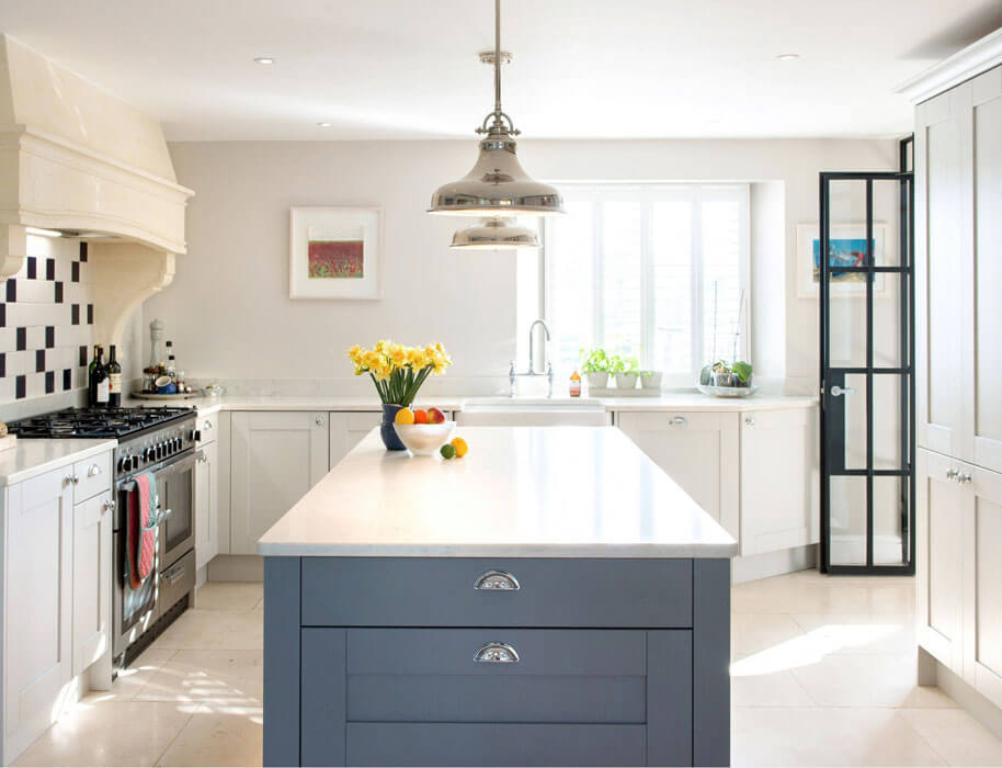 Gorgeous two toned shaker style kitchen from our signature range