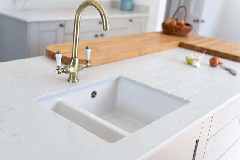 kitchen worktops are made from 20mm quartz