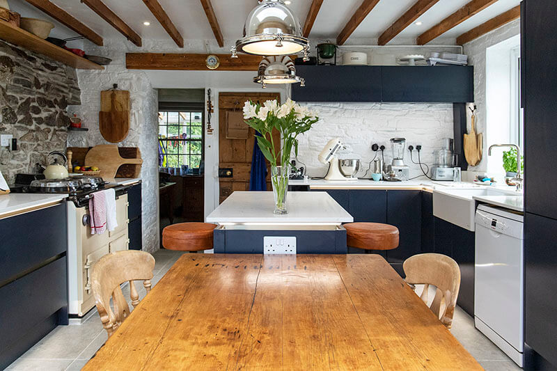 Cottage Kitchen With a Contemporary Twist