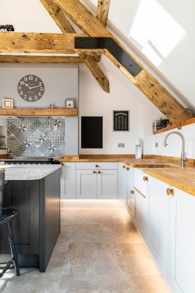 Solid ash kitchen doors from our Mornington range painted in Dove grey